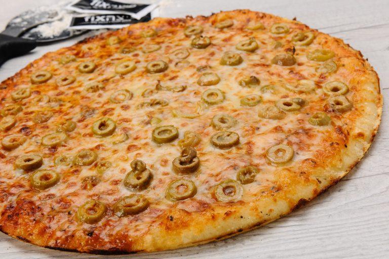 mozarella, olives